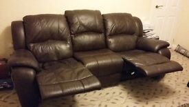 Leather 3 seater recliner sofa - excellent condition