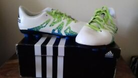 Adidas Unisex Football Boots -size 4 boxed