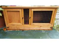 Rabbit hutch /guinea pig hutch
