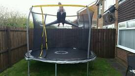 Almost new quality 10 foot trampoline