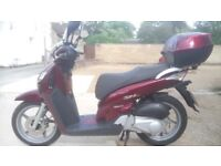 2005 Honda SH125 SH 125 125cc Scooter Moped Very low miles and 12 month Mot