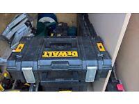 DEWALT TOUGHSYSTEM DS150 TOOLBOX