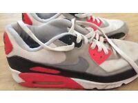 Men's Nike Air Max size 9