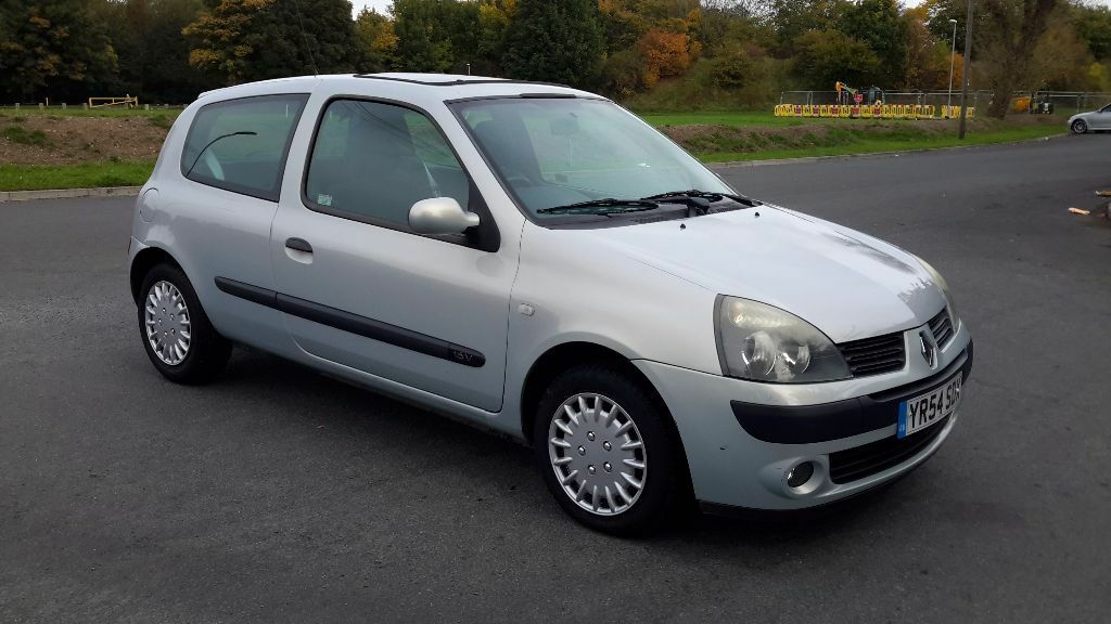 renault clio 1 2 16v extreme 3 3dr 595 cheap 2004 54 reg hatchback in hunslet west. Black Bedroom Furniture Sets. Home Design Ideas
