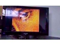 Blaupunkt 23'' Widescreen HD Ready LED TV with integrated DVD £99