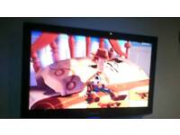 "37"" Samsung fhd tv with freeview has remote comes with wall bracket"