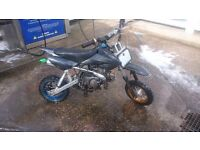 Thumpstar 125 pitbike