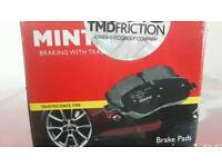 Brake Discs+ Brake Pads / Backs