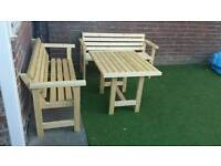 Wooden table with 2 bemches