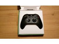 XBOX One controller / pad ** BLACK ** GOOD AS NEW