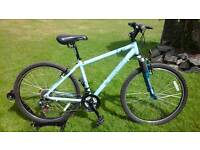 LADIES APOLLO XC26S LIGHTWEIGHT ALUMINIUM MOUNTAIN BIKE * FULLY SERVICED / SUPER CONDITION *
