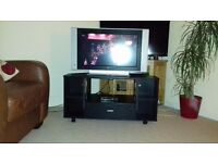 Tv Phillips 26 ins flat screen with Freeview box and corner unit