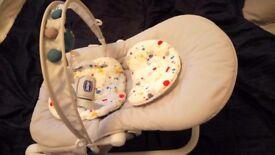 Chicco Hoopla Baby Bouncer £25