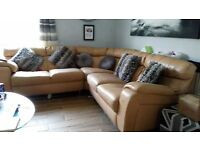 Leather corner sofa/suite/couch