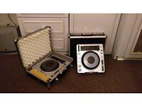 2x Pioneer CDJ 800 mk2 with Flight Cases