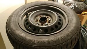 Pneus d'hiver 16 '' sur mags/ 16'' winter tires on mags