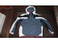 COLOMBIA MENS JACKET XL SIZE THIS SEASON, BRIEFLY USED, GREAT CONDITION