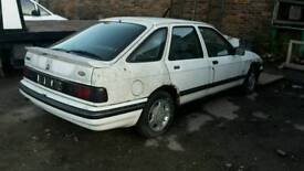 Ford sierra 1.6 azura breaking for spares