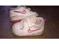 size 4 girl trainers