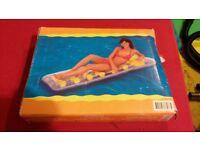 Inflatable air mattress, new