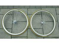 Campagnolo wheels racing road 700cc mavic rims