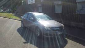 Vauxhall Astra sports coup hatch 2006 with 12 months mot , px welcome
