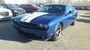 2010 Dodge Challenger SE, Automatic, Leather, Heated Seats, Powe