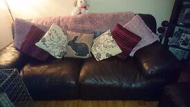 Living room suite. Fantastic condition.