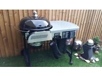Weber Performer Deluxe Gourmet gas ignition cost £650 used few times gourmet grille