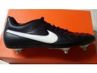 Football boots Nike size UK 8