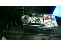 Sony Playstation 3, PS3 Original Piano Black 80gb, Model CECHK03 with games pad
