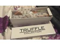BNIB TRUFFLE COLLECTION Size 6 Pink Summer Sandals
