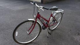 Ladies Raleigh bike - 6 gears, good condition