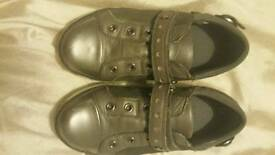 2 pairs of shoes size 11