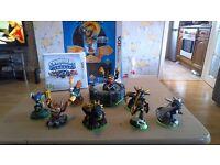 Nintendo 3ds skylanders starter pack and extra figures