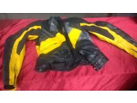 MOTORCYCLE GFi LEATHER MOTORBIKE JACKET SIZE 40 PADDED ELBOW AND BODY ARMOUR AVAILABLE FOR SALE