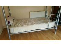 To rent bed in room cheap acomodation for 60 per week bills included 10 min walks to Woolwich DLR