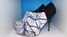'Dorothy Perkins' Branches Design Stiletto Boots Size 9/43 Vgc!