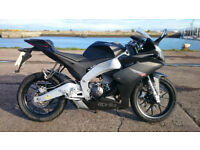 Aprilia RS4 125cc Black 2015