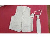 Mens Silver Wedding Evening Formal Suit Waistcoat size 52, cravat/tie and Suit Insert Pocket Handkt