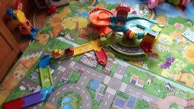 Vtech toot toot driver garage cars and transporter
