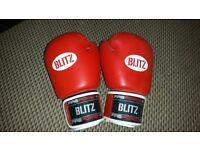 Boxing / Kick Boxing / Muay Thai Blitz Firepower 14oz Gloves (New)