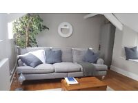 Double room in newly renovated cottage. Quiet location, central Bovey Tracey.