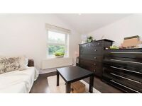 **COSY 1 BED FLAT** NEWLY DECORATED!! BRIGHT AND AIRY!! HIGHGATE, ARCHWAY, ISLINGTON, N6!!