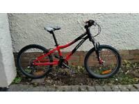Specialized Hot rock 20 inch wheels kids bike