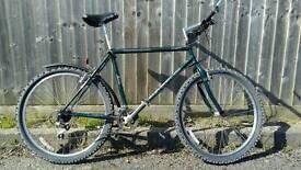 Claud Butler mens mountain bike 19 inch frame