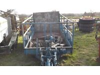 Lolode low loader trailer - hydraulically lowers £850 plus vat £1020