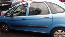 CITROEN XSARA PICASSO 1.8 16V PETROL IN BLUE BREAKING FOR SPARE PARTS
