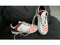 Adidas cricket shoes size 3