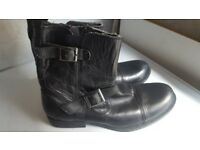 New Red Tape Motorbike boots size 10 (44)